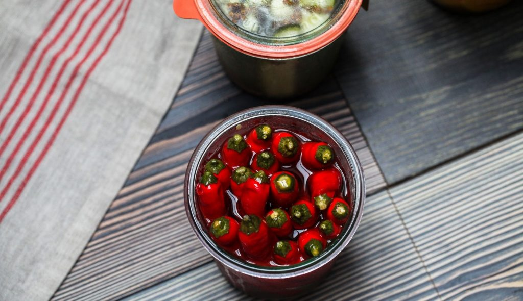 Is eating spicy food during pregnancy safe for the baby?