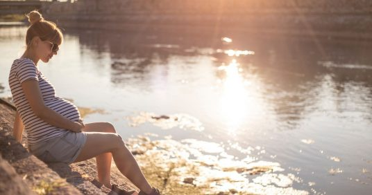 How to manage your emotional wellbeing during pregnancy