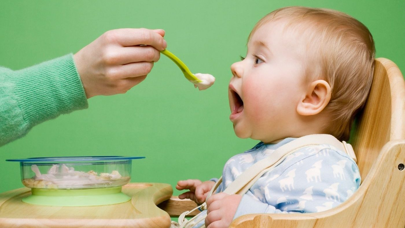 When your baby can start eating solids